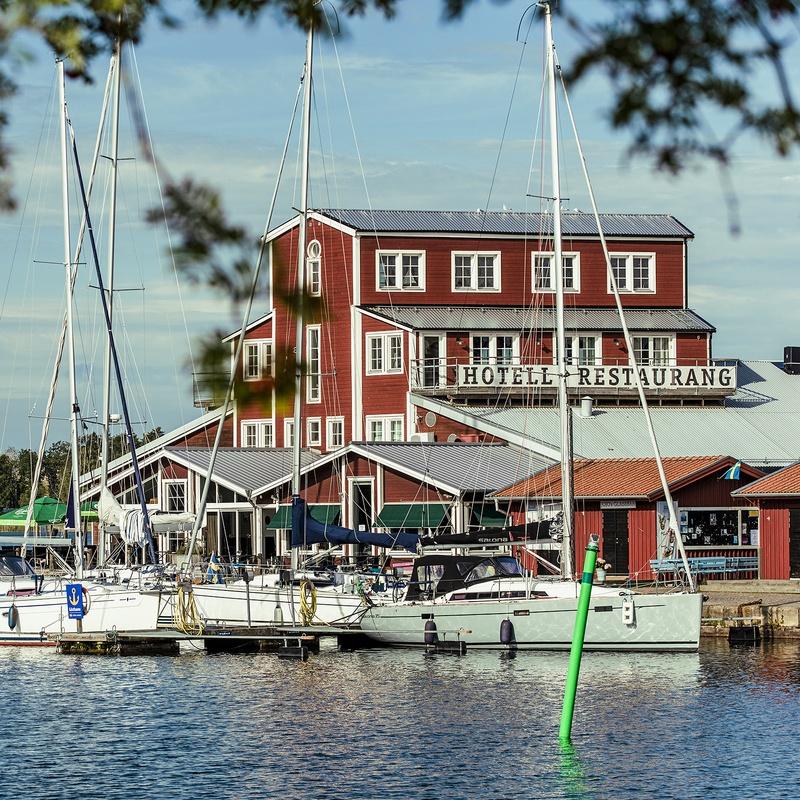 Motala hamn med båtar