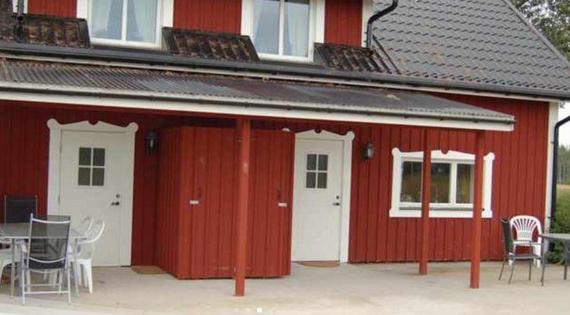 En rödvit huslänga