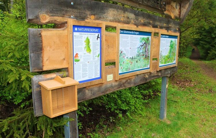 Infotavla med kartor och information
